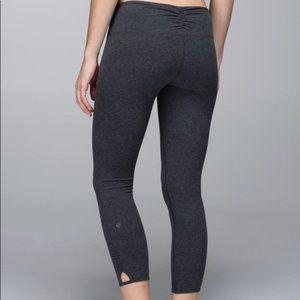 Lululemon Size 6 Dhanurasana Crop Cotton Leggings